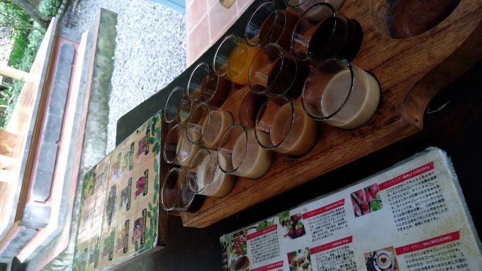 ジャコウネココーヒーのところで試飲したコーヒー達