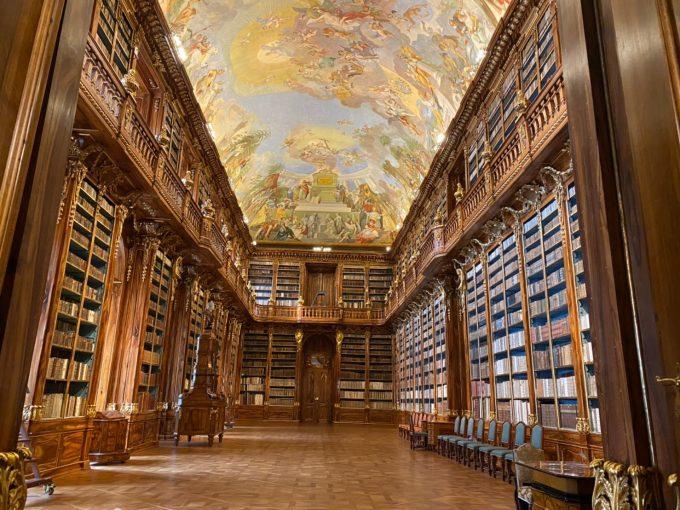 ストラホフ修道院図書館「哲学の間」