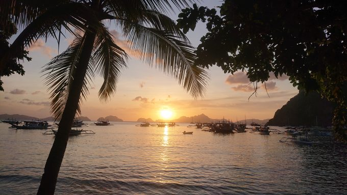 エルニドの美しい夕日