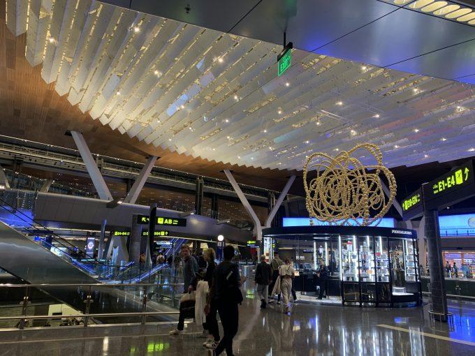 カタールの空港。綺麗でした!