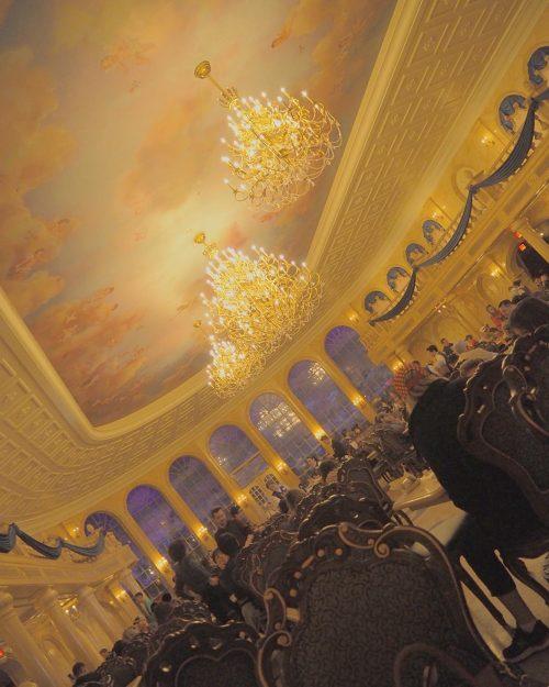 野獣のお城で食べる、大人気レストラン「be our guest」