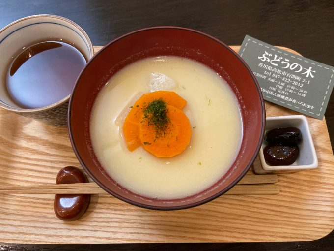香川県のあんもち雑煮