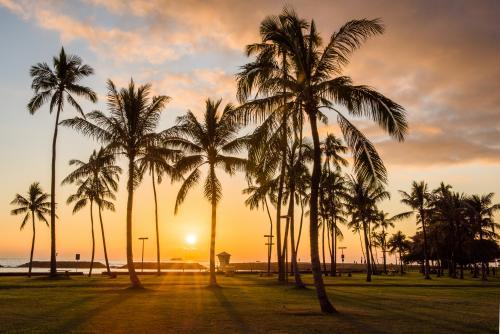 ホノルルの夕陽(オアフ島)