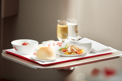 中華と洋食を融合させたメインディッシュ