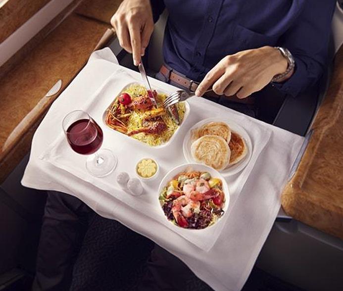 エミレーツ航空 A380 ビジネスクラス 機内食