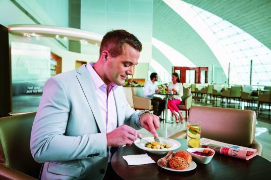 ドバイ国際空港ビジネスクラス専用ラウンジ